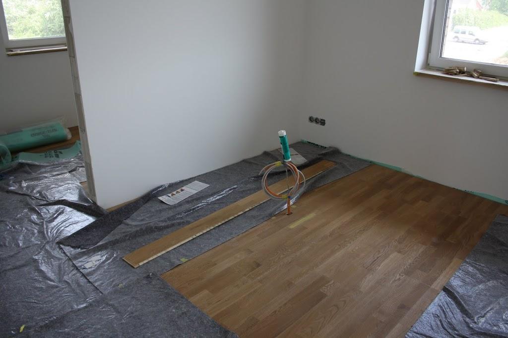 fliesen oder parkett best laminat verlegen fliesen parkett vinyl in dortmund with fliesen oder. Black Bedroom Furniture Sets. Home Design Ideas
